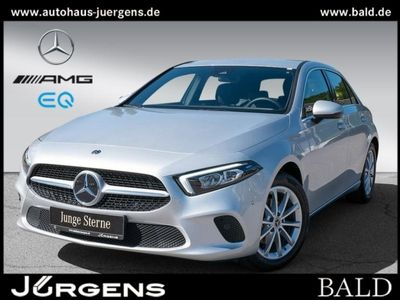 gebraucht Mercedes A180 Kompaktlimousine LED+PDC