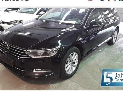 gebraucht VW Passat Variant Comfortline 1.5 TSI BMT   ACC N schwarz