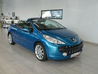 gebraucht Peugeot 207 CC Platinum*Leder*Sitzheizung*Klima*PDC*