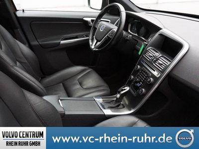 gebraucht Volvo XC60 D4 AWD SUMMUM KAMERA PANORAMAD. XENON NAVI