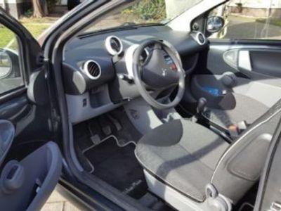 gebraucht Peugeot 107 Neuwertiger