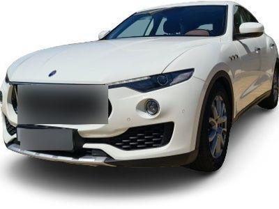 gebraucht Maserati Levante LevanteQ4 3.0 BT V6 4WD 350HP
