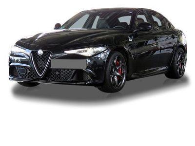 gebraucht Alfa Romeo Giulia Quadrifoglio 2,9 V6 Bi-Turbo alle Extras