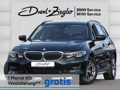 gebraucht BMW 320 i Touring Sport Line bei Gebrachtwagen.expert