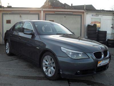 gebraucht BMW 530 d AUTOMATIK KLIMA XENON SCHECKHEFT TOP