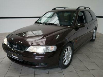 gebraucht Opel Vectra 1.8 16V Sport Xenon*Klimaaut.*Alu*CD*