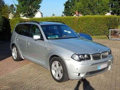 gebraucht BMW X3 3.0i Aut. M-Sportpaket Xenon Leder Navi Panorama