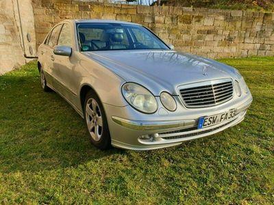 gebraucht Mercedes E240 Avantgarde - Benzin/LPG