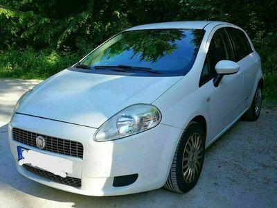 gebraucht Fiat Grande Punto Baujahr 2009