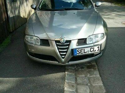 gebraucht Alfa Romeo GT 2.0 JTS Distinctive als Sportwagen/Coupé in Selb