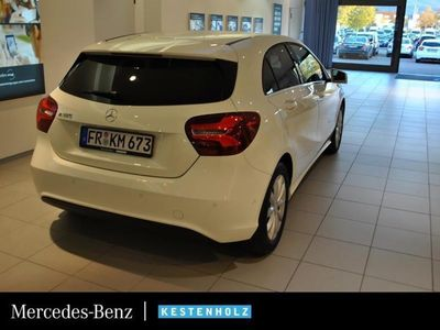 gebraucht Mercedes A180 Style Kamera 7G-DCT Navi LED Sitzheizung