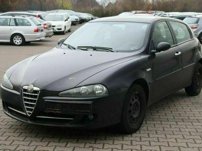 gebraucht Alfa Romeo 147 1.6 TS 16V Basis als Limousine in Brehna