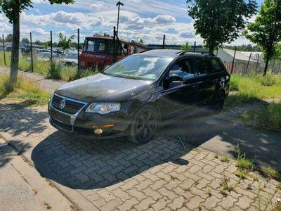 gebraucht VW Passat VW3C 2.0 Motor TÜV bis 08.20