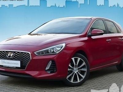 käytetty Hyundai i30 1.4 Benzin T. M/T PREMIUM Navi, Leder, Alert