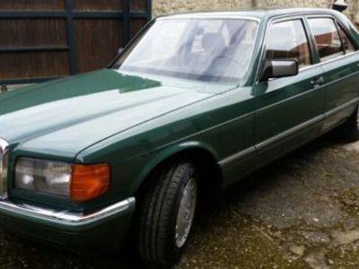 gebraucht Mercedes 260 SAut/eSSD/eFH/ZV/Alu/Achatgrün/StoffBeige