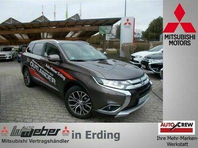 gebraucht Mitsubishi Outlander Edition 100+ 2.2 DI-D 4WD AHK AT SHZ R