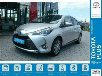 gebraucht Toyota Yaris Hybrid 1.5 VVT-i Y20 Team Deutschland