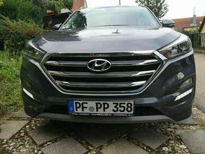 gebraucht Hyundai Tucson 1.6 T-GDI Premium PanoD Leder Nav Gar3/24