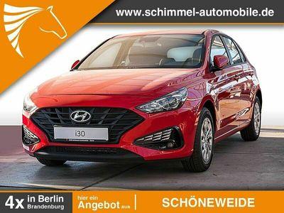 gebraucht Hyundai i30 i30 FL 1.5 Benzin M/T Pure Klima Fenster el. - V40781-3