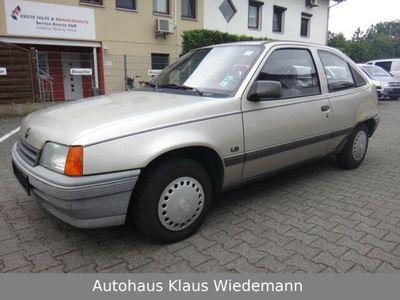 used Opel Kadett E 1.6i Aut. LS - 2.Hd./150 TKM