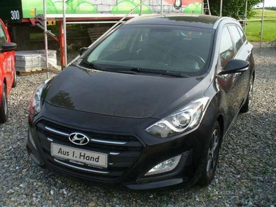 gebraucht Hyundai i30 blue Kombi 1.6 CRDi Style,sparsam,schön,komplet