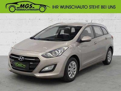gebraucht Hyundai i30 blue Kombi 1.6 CRDi Classic, Gebrauchtwagen, bei MGS Motor Gruppe Sticht GmbH & Co. KG