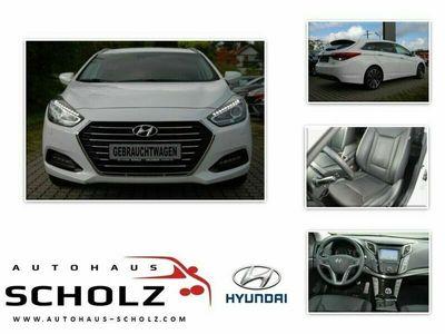gebraucht Hyundai i40 1.7 CRDi 104kW blue Premium Navi Leder AHK