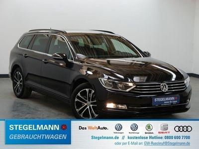 gebraucht VW Passat Variant 2.0 TDI DSG R-Line AHK ACC Navi