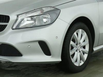 gebraucht Mercedes A180 Elegance Navi Standh. PTS Licht u. Sicht