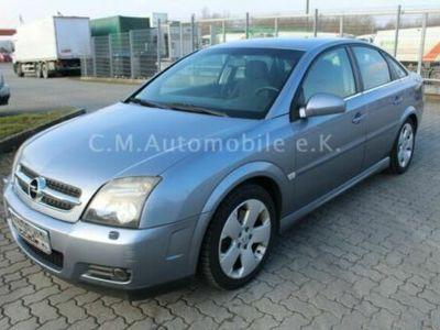 """gebraucht Opel Vectra GTS Vectra C Lim.3.2 V6 Navigation Bi-Xenon 17"""""""