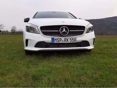 gebraucht Mercedes A180 Mercedes Benzd Style-Diesel- NEUWERTIG