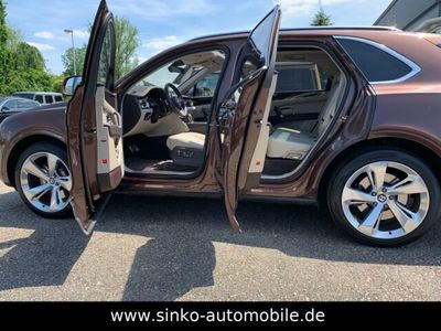 """gebraucht Bentley Bentayga W12 AWD*ACC/Panorama/22""""/Standhzg/Softclose/HeadUP"""