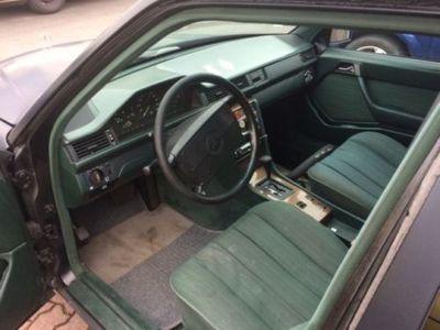 gebraucht Mercedes 230 TE Automatic in 2 Jahren H-Zulassung möglich