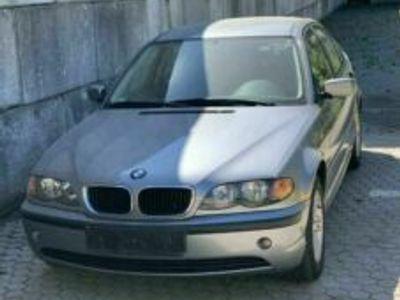 gebraucht BMW 316 i 2004 problem mit bem kühler und a...