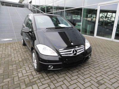 gebraucht Mercedes A180 CDI Autotronic Avantgarde/PTS/SHZ/LM-Flg.