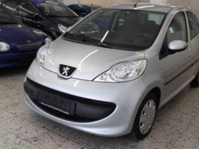 gebraucht Peugeot 107 Filou 5TÜRIG KLIMA AUTOMATIK S-HEFT