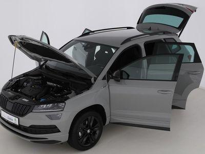 gebraucht Skoda Karoq SPORTLINE TSI DSG ACC|LED|E- | Vorführwagen | Geländewagen/SUV | EF061999