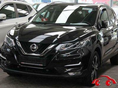 gebraucht Nissan Qashqai 1,3 DIG-T DCT AUTO. N-CONNECTA DESIGN