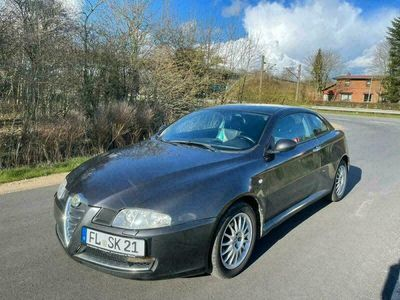 gebraucht Alfa Romeo GT 1,9 Diesel 8Fach bereift