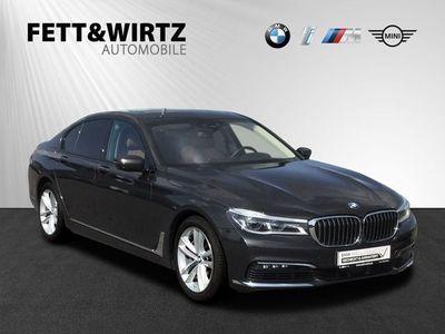 gebraucht BMW 750 i xDrive SAG Laser Navi HUD Standhzg. H&K GSD