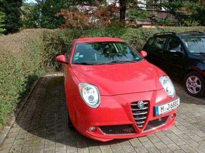 gebraucht Alfa Romeo MiTo BJ 2009,3400 Euro.