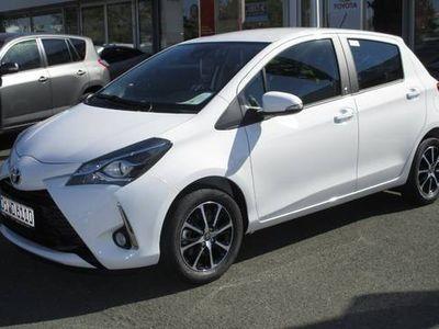 gebraucht Toyota Yaris 1,5 TEAM D Sitzheizung, Bluetooth, Kamera