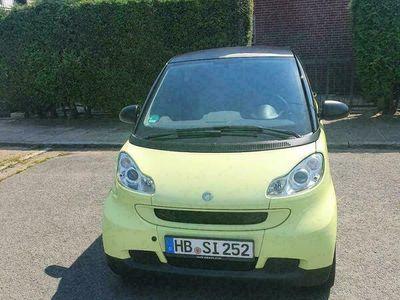 gebraucht Smart ForTwo Coupé  1.0L 75000km und Neu TÜV.