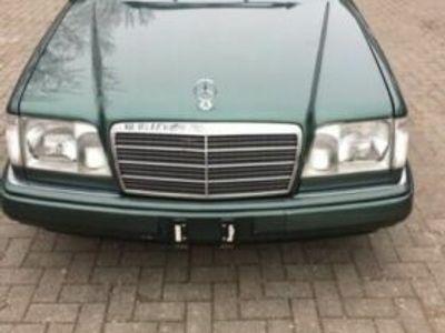 käytetty Mercedes 280