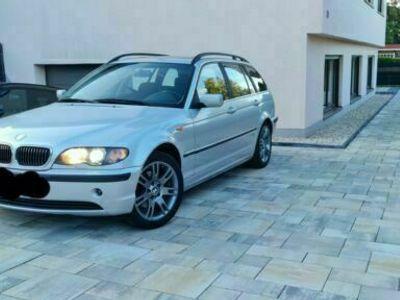gebraucht BMW 320 i Touring /AHK/XENON./Teilleder/Tempomat