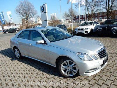 gebraucht Mercedes E300 CDI Standheizg/Navi/AHK/SD/Xenon
