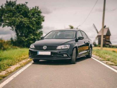 gebraucht VW Jetta 2.0 TDI DSG BlueMotion Technologie