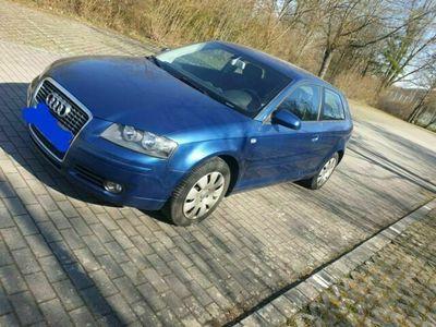 gebraucht Audi A3 1.6 FSI Attraction