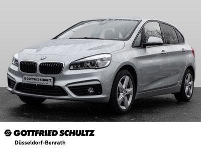 gebraucht BMW 218 Active Tourer d Sport Line Park-Assistent LED Navi Keyless Rückfahrkam. AHK-abnehmbar
