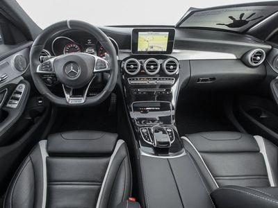 gebraucht Mercedes C63 AMG C-KlasseAMG S T-Mod. LED-Scheinw PanoSHD Leder Navi